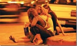 Los jóvenes acceden con facilidad al alcohol. | S.E.
